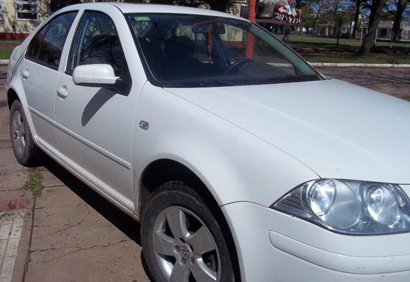 Auto Volkswagen Bora