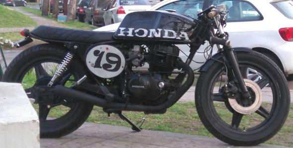 Moto Honda CB 400NE