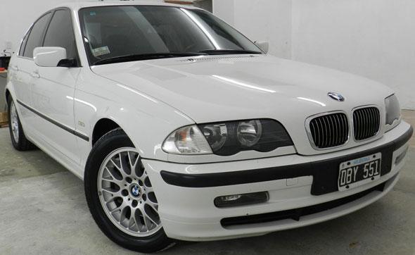 Auto BMW 328i Executive