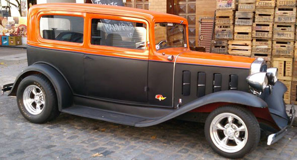 Car Chevrolet 1932