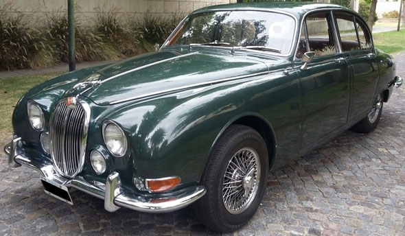 Car Jaguar S-Type 3.4