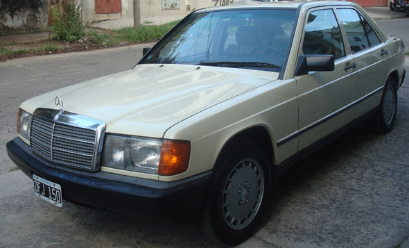 Car Mercedes Benz 190 D