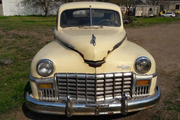 Auto Desoto 1947