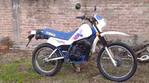 Auto Yamaha DT 125