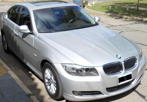 Car BMW 325i 2010