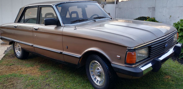 Car Ford Falcon Ghia SP