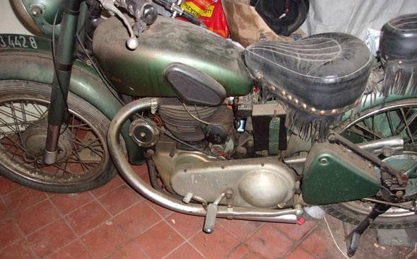 Motorcycle Royal Enfiel 1948