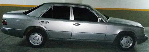 Auto Mercedes Benz 220E