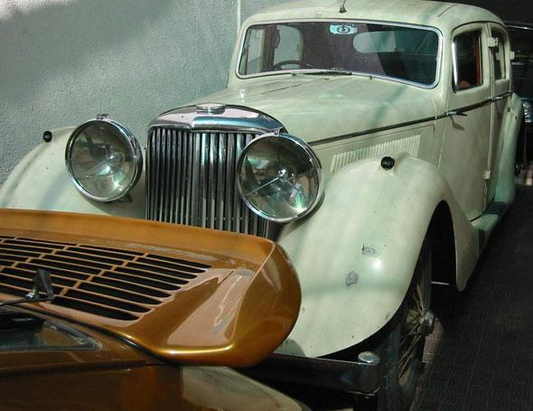 Auto Jaguar SS100