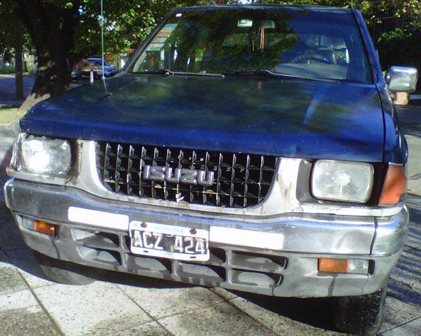 Auto Isuzu Pick Up Doble Cabina 4x4