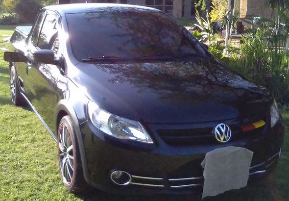 Car Volkswagen Saveiro 2010