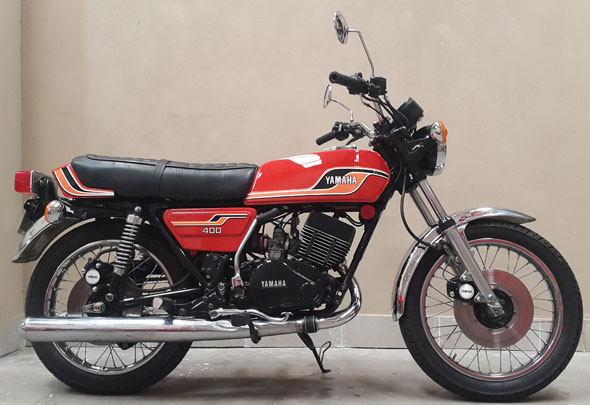 Moto Yamaha Rd 400
