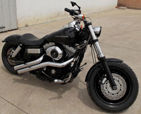 Auto Harley Davidson Fat Bob