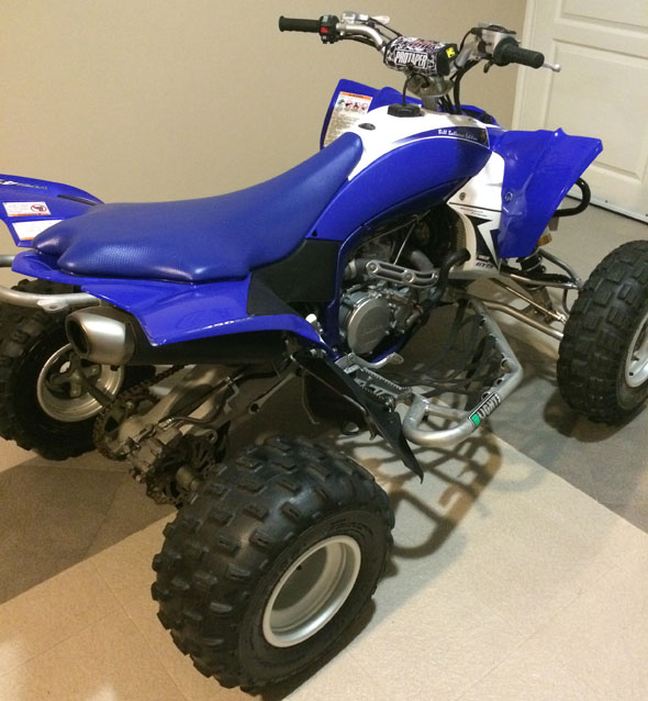 Car Yamaha YFZ 450