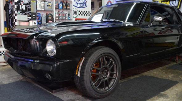 Car Ford Mustang