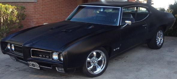 Car Pontiac GTO