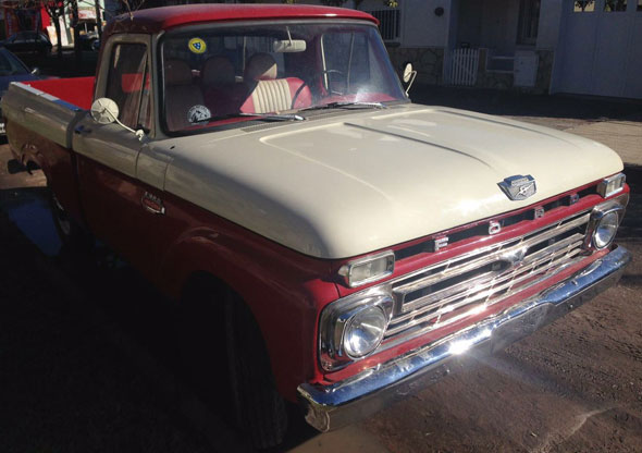 Auto Ford F100 Twin Beam