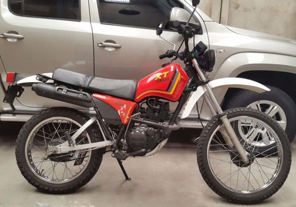 Motorcycle Yamaha XT 200