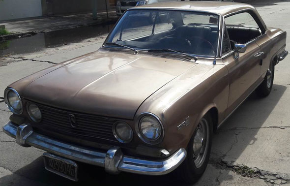 Car Renault IKA Torino Coupé
