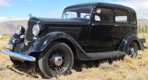 Auto Plymouth 1934 Sedán 4 Puertas