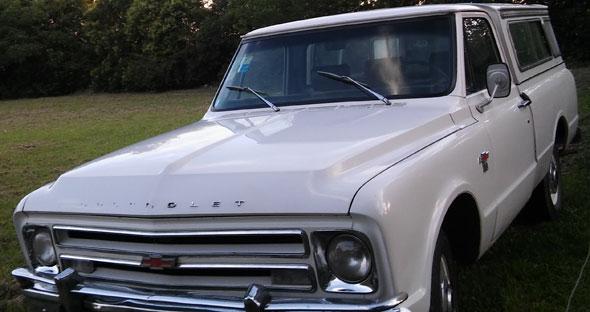 Car Chevrolet 1969 S10