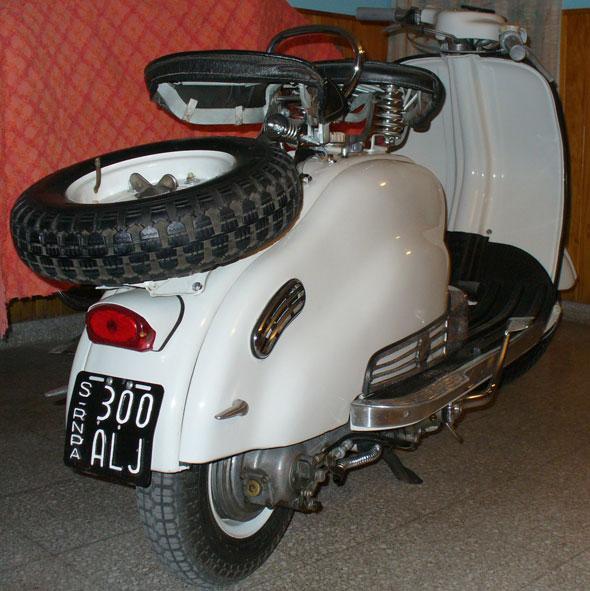 Motorcycle Lambretta 125 LD