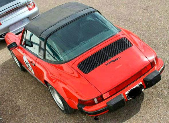 Car Porsche 911SC