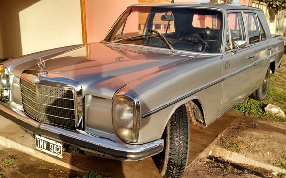 Auto Mercedes Benz Pick Up 220 D