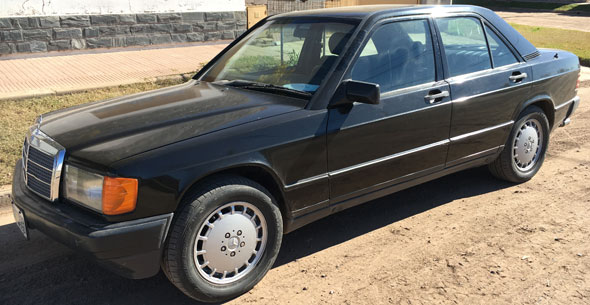 Car Mercedes Benz 190E 1990