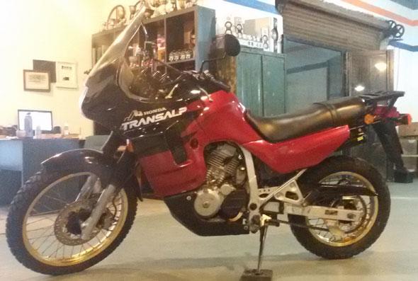 Motorcycle Honda Transalp XL 600 VR
