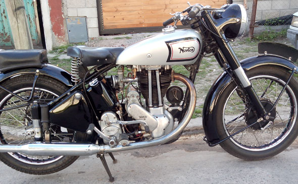 Motorcycle Norton 1948 ES2