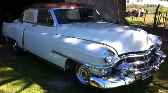 Car Cadillac Fleetwood