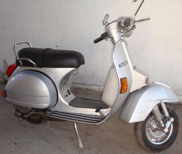 Motorcycle Vespa PX150