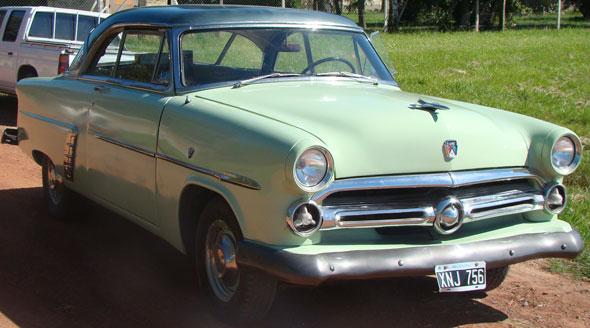 Auto Ford Victoria 1952