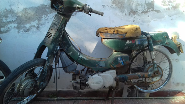 Moto Yamaha Mate 50