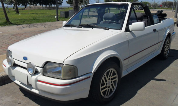 Auto Ford Escort XR3 Cabriolet