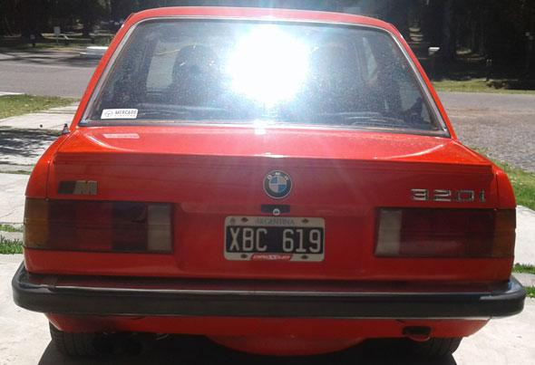 Auto Bmw 320i E30