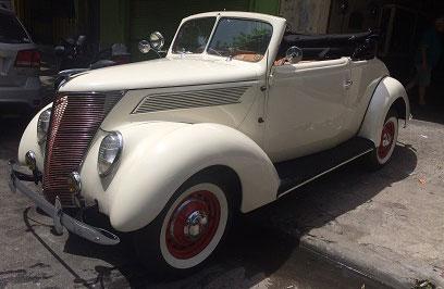 Auto Ford Convertible 1937