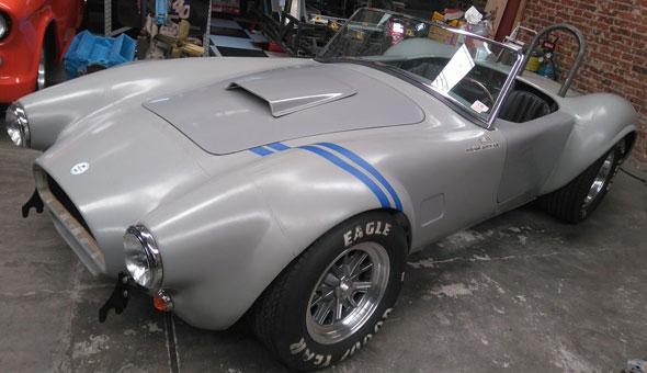 Auto Ford AC Cobra