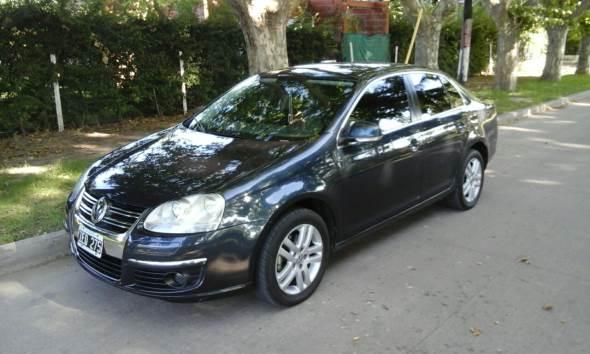Car Volkswagen Vento 2009