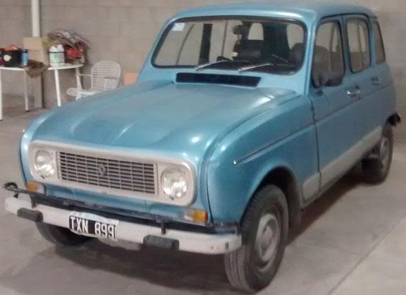 Auto Renault R-4S