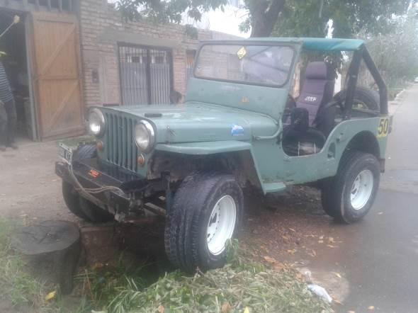 Auto Willys CJ2A