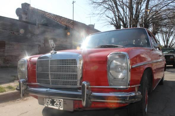 Car Mercedes Benz 1975