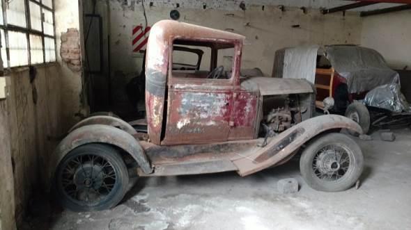 Car Ford 1931