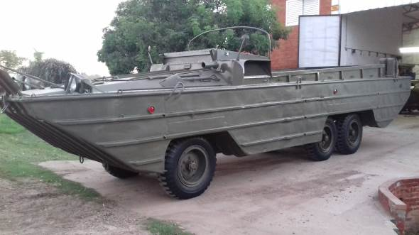 Auto GMC Anfibio 6x6