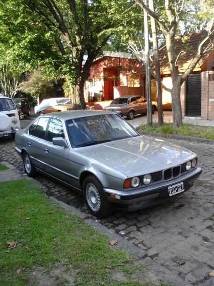 Car BMW 525i