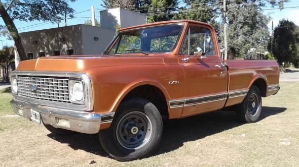 Car Chevrolet C10 Deluxe
