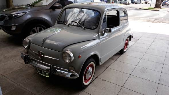 Car Fiat 600 E 1969