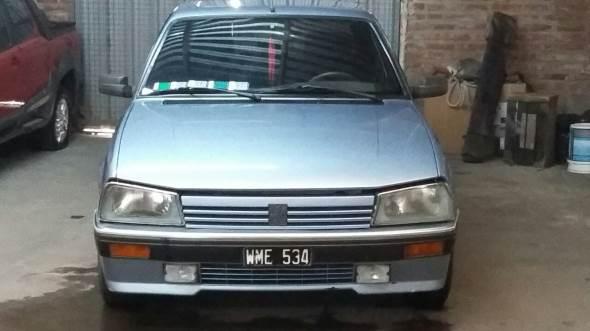 Auto Peugeot 505 SRI