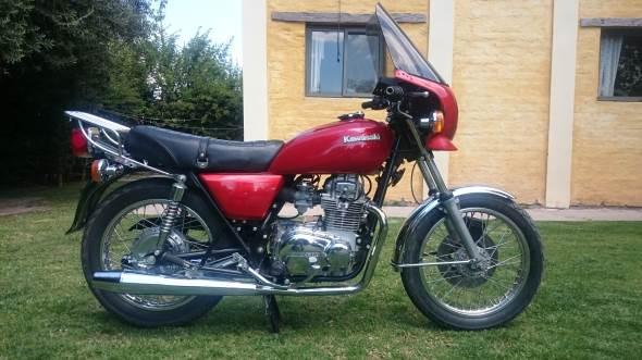 Moto Kawasaki KZ400